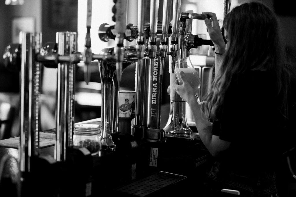 WEB - Bar pumps black white DSCF9993