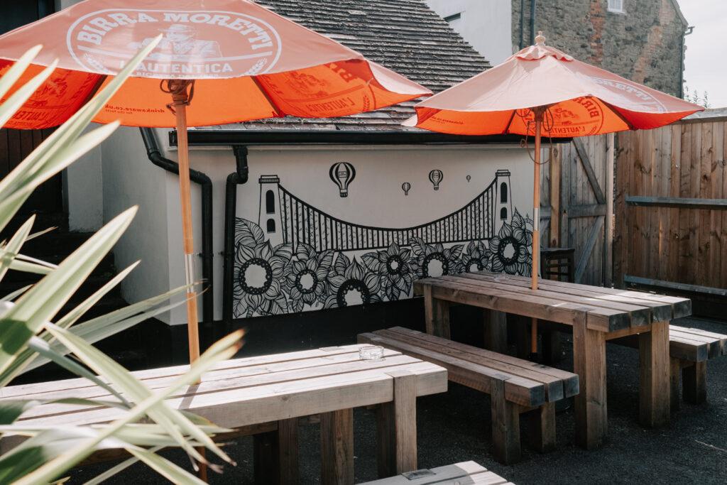 WEB - Beer Garden mural DSCF0016